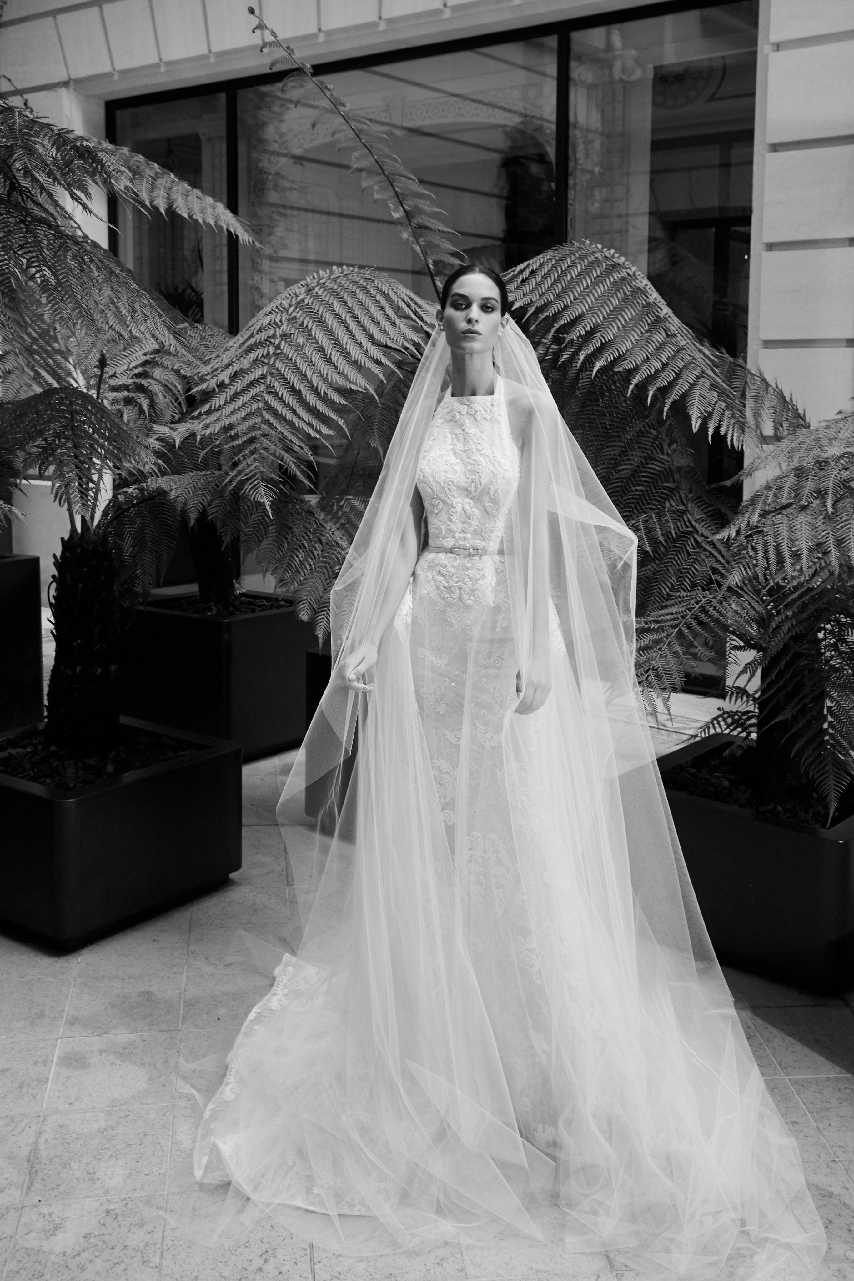 77238dde9 00009-elie-saab-fall-2019-bridal (1) - DIVA